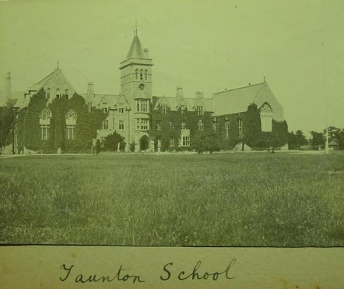 Taunton School - the Front